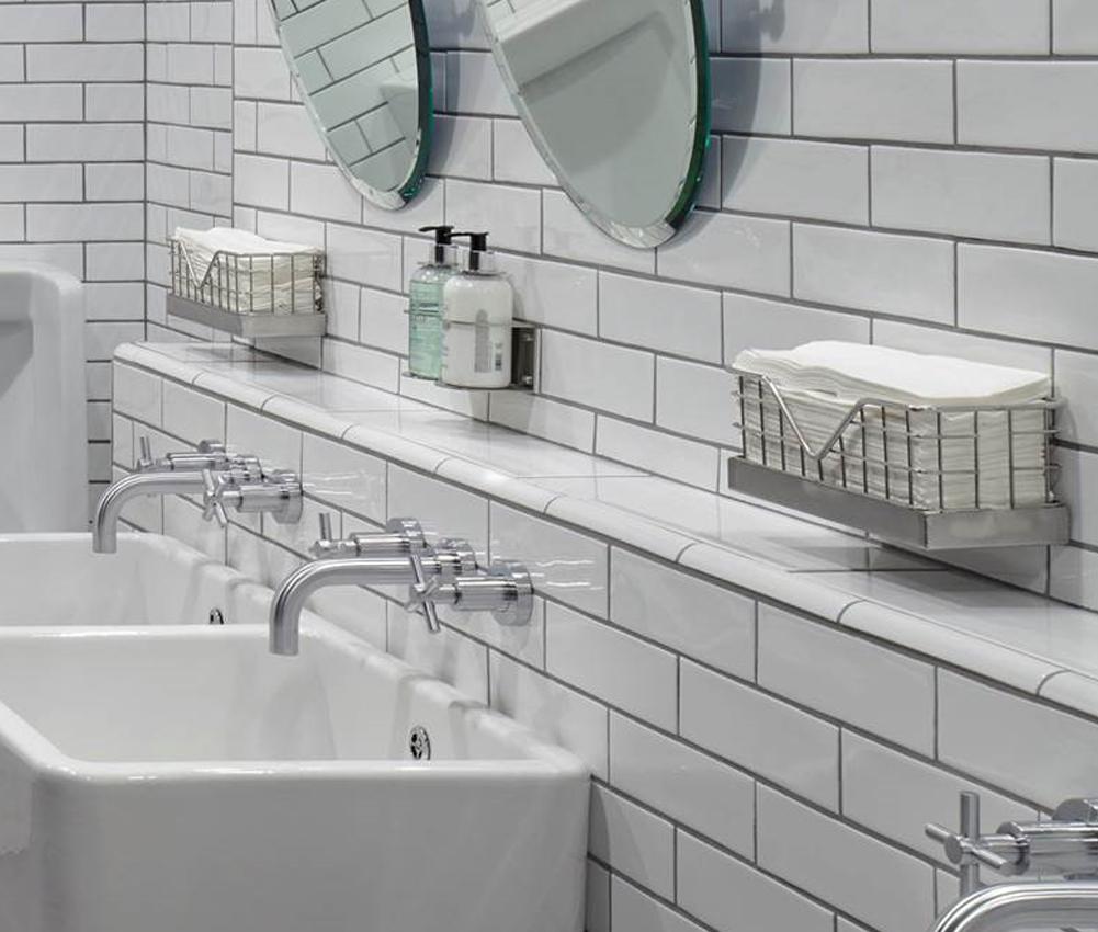 Wire Mesh Paper Towel Dispenser